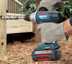 Werkzeuge haben eine Spannung zwischen 7 bis 36 Volt